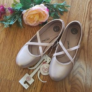 NWT So Rosegold Flat Ballet Shoes 9.5